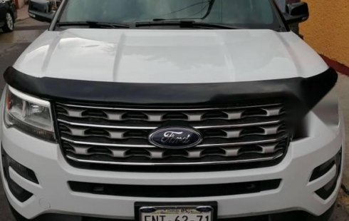 Se vende camioneta Ford explorer impecable como nueva