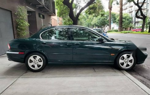Excelente Jaguar para exigentes circula diario