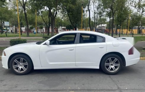 Charger 2014 Police Piel