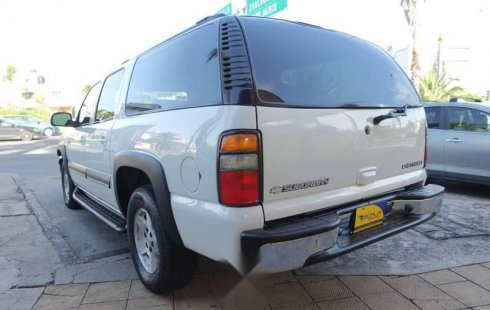 2004 Chevrolet suburban 8 cilindros 5.3 lts