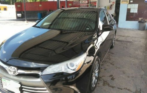 TOYOTA CAMRY XLE 2015!