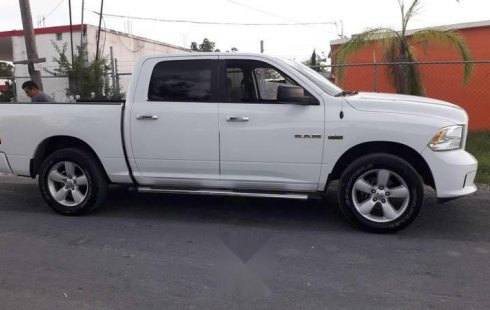 RAM Sport 2016 4x4 IMPECABLE