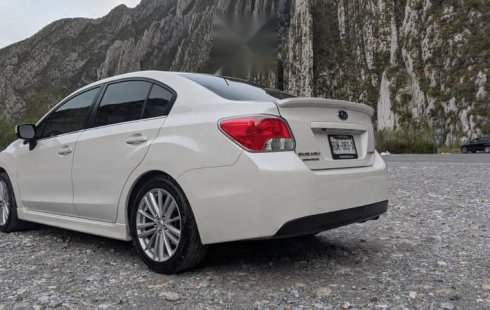 NEGOCIABLE. Subaru Impreza Deportivo 2015