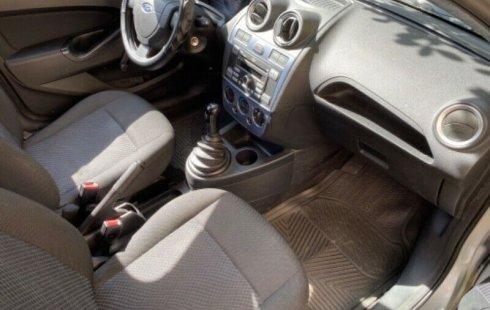 Ford Fiesta Ikon 2013