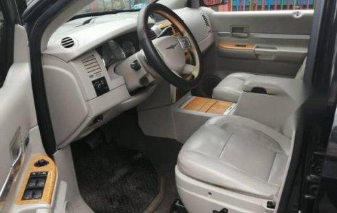 Chrysler Aspen 2007 impecable con 90,000 km