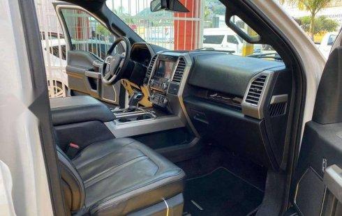 2016 Ford Lobo Platinum Crew Cab
