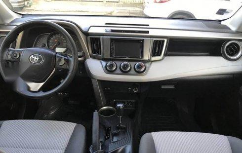 Toyota Rav4 LE 2015 COMO NUEVA
