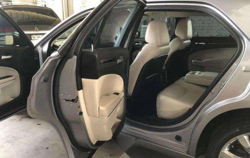 impecable Chrysler 300c como nuevo 1 solo dueño