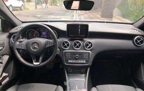 Mercedes Benz A200 URBAN SEMINUEVO.