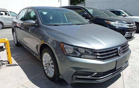 Volkswagen Passat Comfortline Tiptronic 2017