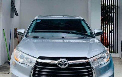 Toyota Highlander 2015 ÚNICO DUEÑO