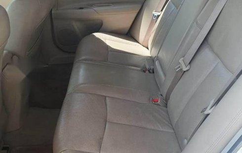 Nissan Altima 6 cilindros