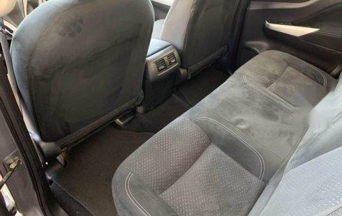 Nissan NP300 Frontier 2018 como nueva equipada