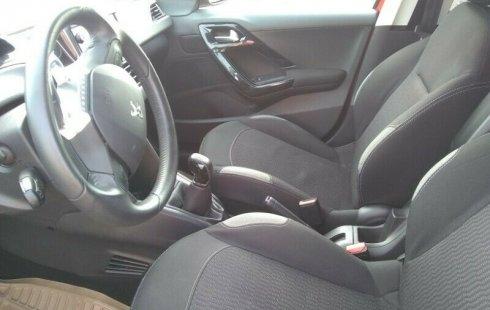 Peugeot 208 standar equipado como nuevo