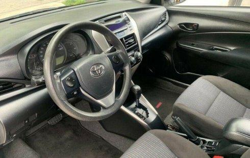 Toyota Yaris CORE 2018 ¡¡EXCELENTE TRATO!!