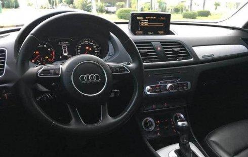 Hermosa camioneta Audi Q3 2014