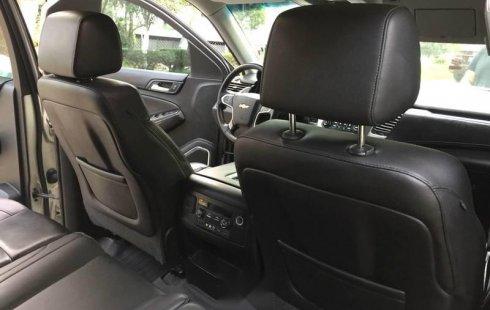 Chevrolet Suburban Excelente