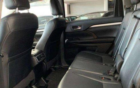 Toyota Highlander Xle 2018 un solo dueño