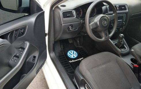 IMPECABLE VW JETTA MK6 STYLE