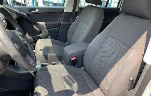 Volkswagen Tiguan Sport & Style 2.0T 2014
