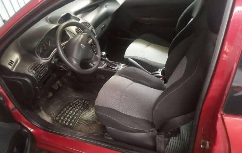 Peugeot 206, std. a/c modelo 2004.