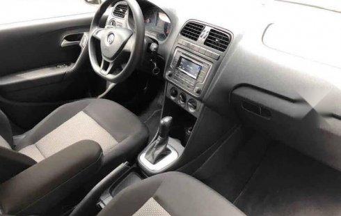 Volkswagen Vento 2018 4p Comfortline L4/1.6 Aut