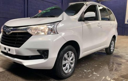 Toyota Avanza 2018 3 FILAS PREMIUM T/M