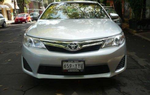 Toyota Camry LA