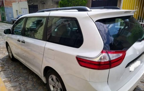 Toyota Sienna 2016 IMPECABLE!!