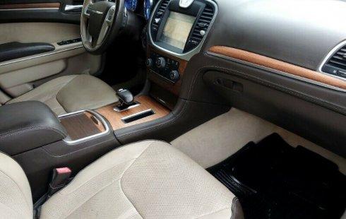 Hermoso Chrysler 300 V6 Limited Edition 2012