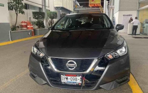 Excelente Nissan Versa Sense tm 2020