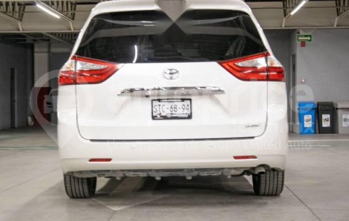 Toyota Sienna 2015 3.5 Limited At