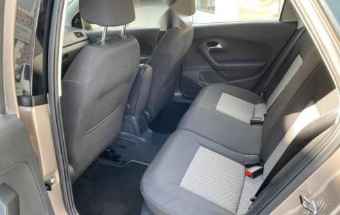 Volkswagen Vento 2020 4p Confortline L4/1.6 Man