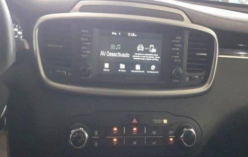 Kia Sorento 2019 2.4 L4 LX Tela 7 Pasajeros At