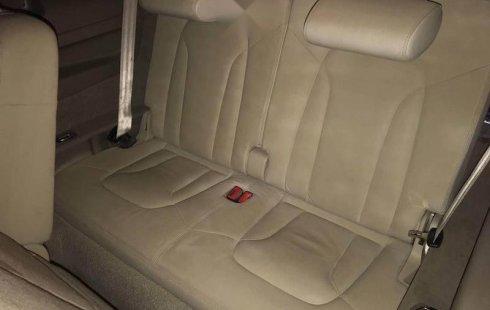 Audi Q7 único dueño factura original