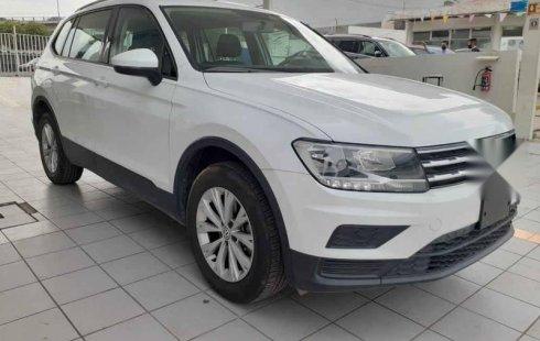 Volkswagen Tiguan 2019 5p Trendline Plus 1.4 L4