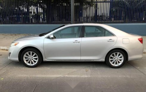 Toyota camry 2012 xle 4 cilindros