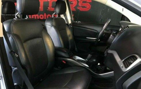 Dodge Journey R/T V6 T/A 2014 Plata $ 229,000