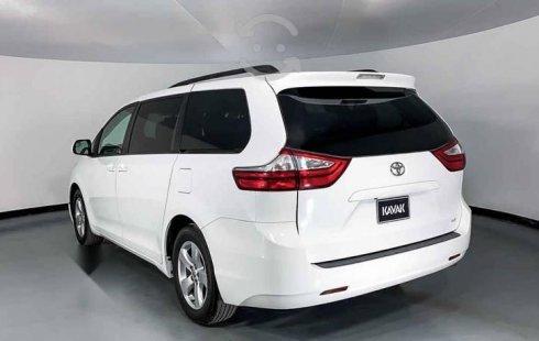 31703 - Toyota Sienna 2017 Con Garantía At
