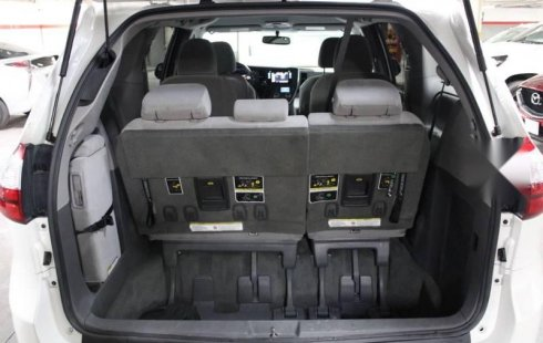 Toyota Sienna 2015 3.5 Xle Tela At