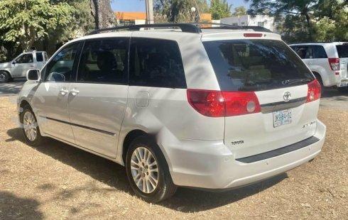 Toyota sienna limited perfecto estado max equipo