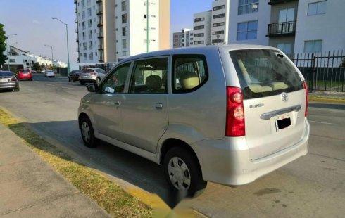 Toyota Avanza Factura Original Piel Automatica