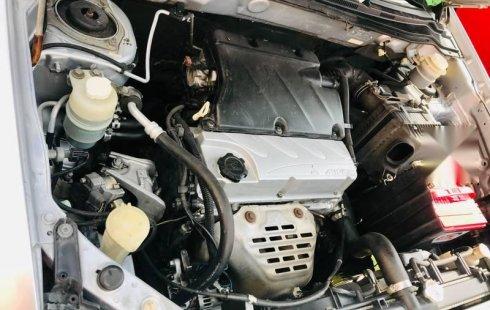 Bonita camioneta Mitsubishi outlander 2005