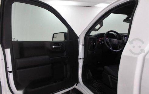 Chevrolet Silverado 2020 4.3L V6 2500 WT Cabina R