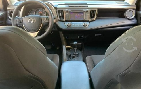 IMPECABLE RAV4 XLE