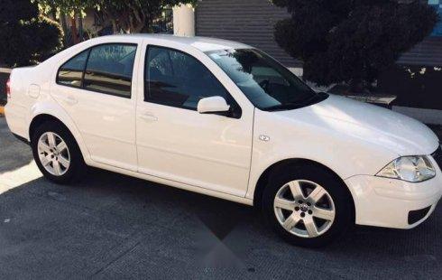 VW Jetta 2.0 Piel Std 2010