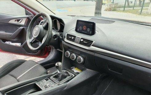 Mazda 3, sport, versión sedan, cómo nuevo