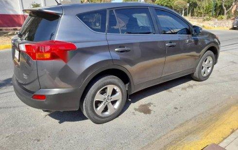 Toyota Rav4 XLE AWD piel