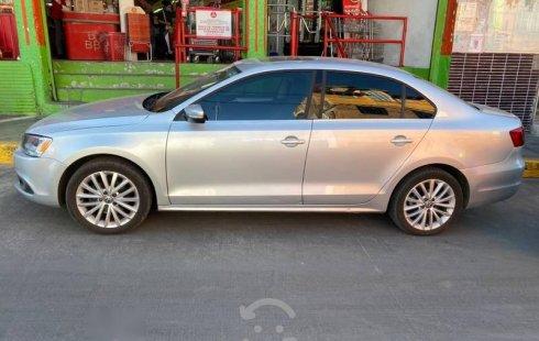 Volkswagen Jetta 2.5 Sport Quemacocos y Piel