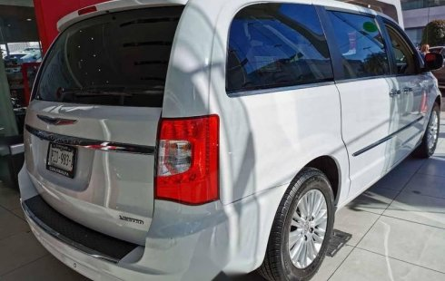 Chrysler Town & Country 2015 5p Touring V6/3.6